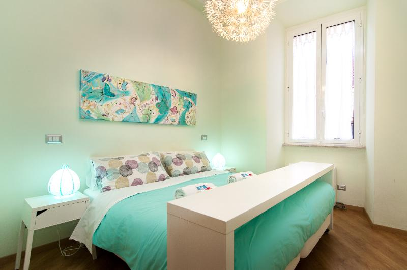 Our rooms, bright, clean and comfortable - Rome historical center - Suite wifi & bathroom - Rome - rentals