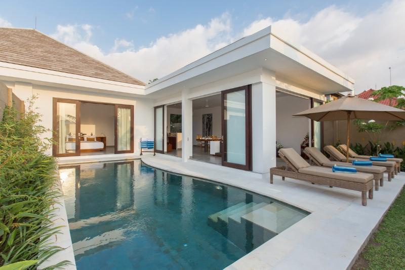 pool - Gajah Villas Bali - Seminyak Oberoi - Seminyak - rentals