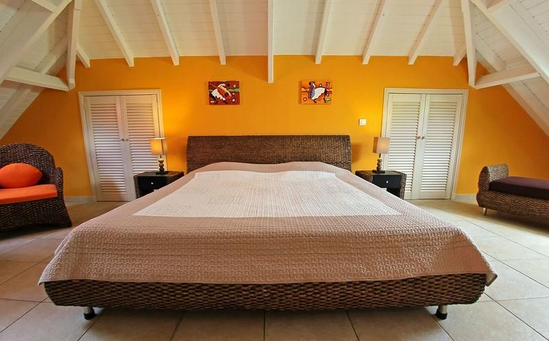 Beautiful Unit With More Than 170 Sq.m Total, Completely Renovated In 2012 - Image 1 - Orient Bay - rentals