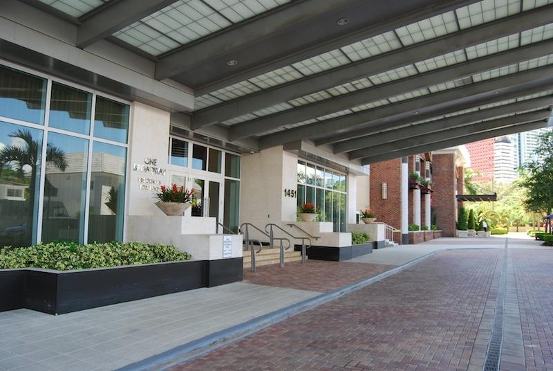 Entrance Building - Brickell Downtown Luxury Property A+ - Coconut Grove - rentals