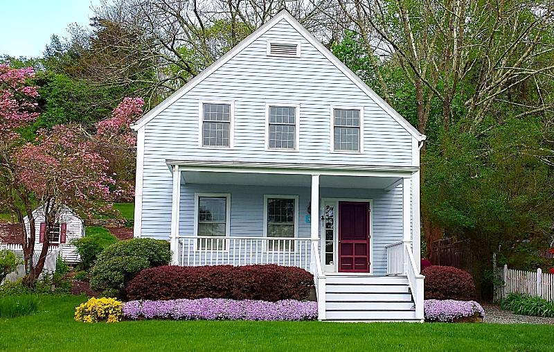 Your lovely home base for a great Mystic visit! - Charming, up-to-date Mystic home, walk to all! - Mystic - rentals