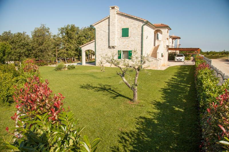 Villa Dracena - Villa Dracena, Istrian villa with swimming pool - Visnjan - rentals