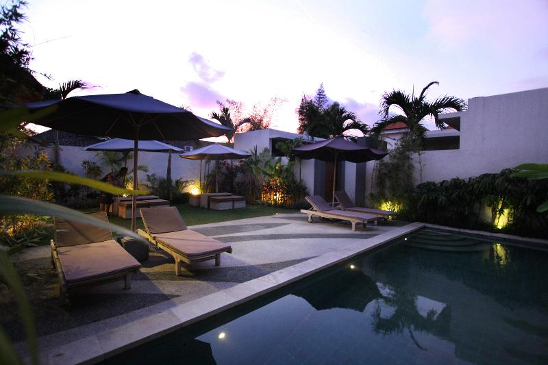 Swimming Pool Area - SUMMER PACKAGE - Seminyak - rentals