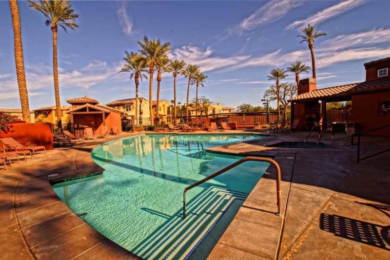 Pool and Hottub Steps from front doors... - Gem of Codorniz  Tennis - Pool - Hot Tub - Fitness - La Quinta - rentals