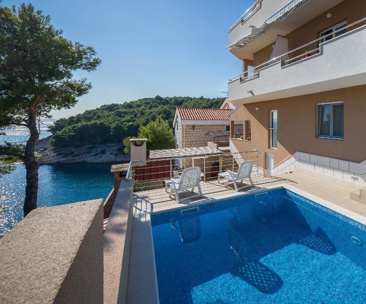 Apartment BILI Osibova - Image 1 - Cove Makarac (Milna) - rentals