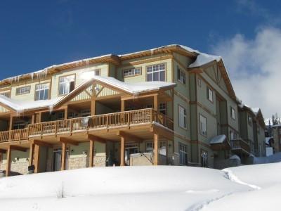 Snowfall Lodge I - Image 1 - Big White - rentals