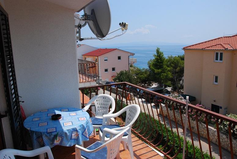 Apartments Igorka - 31751-A2 - Image 1 - Okrug Gornji - rentals