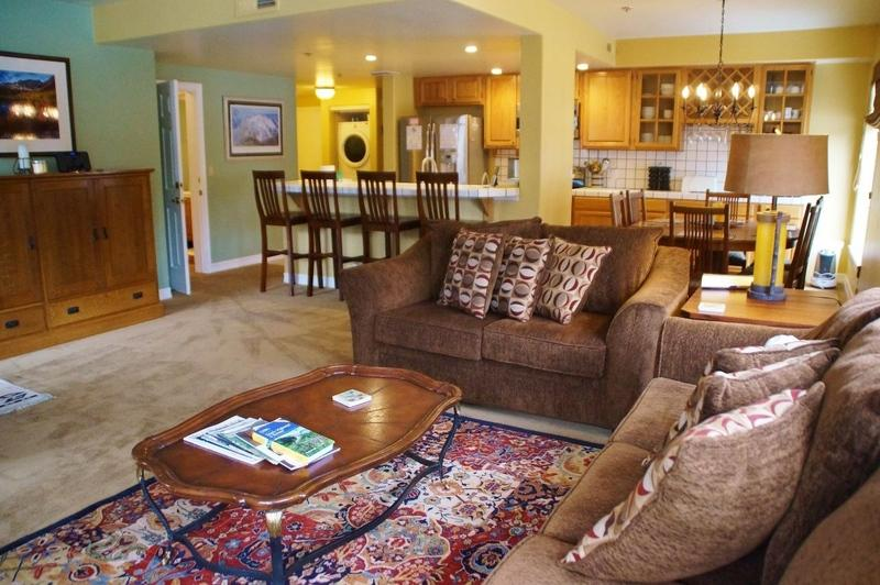 Silver Bear Condo, Steps from Canyon Lodge - Listing #340 - Image 1 - Mammoth Lakes - rentals