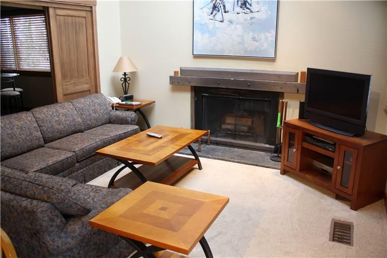 Conveniently Located Mill Run Townhomes 4 Bedroom Townhomes - MR12 - Image 1 - Breckenridge - rentals