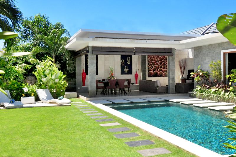 Beautiful Lap pool Villa La - Luxury 3 Bedroom Villa in Legian - Seminyak - rentals