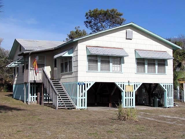 "3105 Palmetto Blvd - ""Carolina Paradise"" - Image 1 - Edisto Beach - rentals"