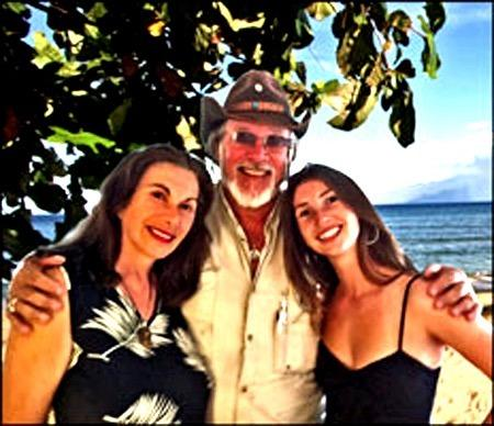 Luba Fred & Leah ... Your hosts on Maui at AlohaResorts.Net - Napili Shores Resort studio with 2 queen size beds - Lahaina - rentals