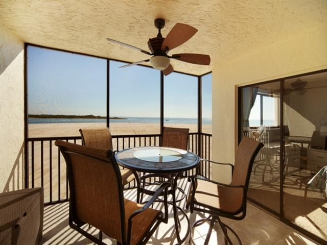 Carlos Pointe Bch Club 335 CP335 - Image 1 - Fort Myers Beach - rentals