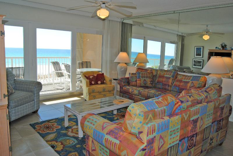 Islander Beach Resort, Unit 3001, Okaloosa Island, Beachfront 3 bedroom Vacation Rental - ib3001, Islander Beach Resort, 3 br, Beachfront - Fort Walton Beach - rentals