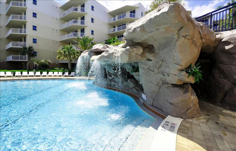 """Waterscape C604"" Water Wonderland/Lazy River/Waterfalls!! Courtyard and Gulf Views!! - Image 1 - Fort Walton Beach - rentals"