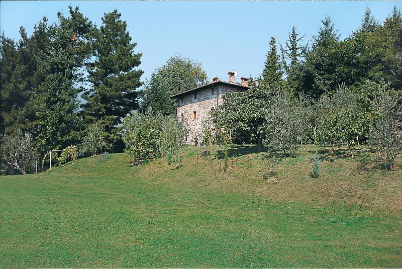 5 Bedroom Vacation Villa with a View at Franello - Image 1 - Monsagrati - rentals