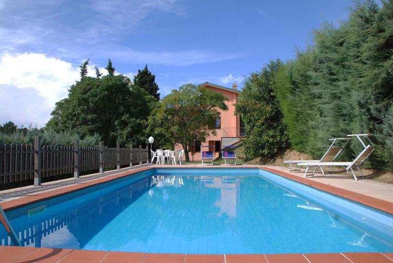 L OLIVELLA - Image 1 - Massarosa - rentals