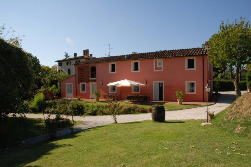 Casa Rosa Vacation Rental in Tuscany - Image 1 - San Michele di Moriano - rentals