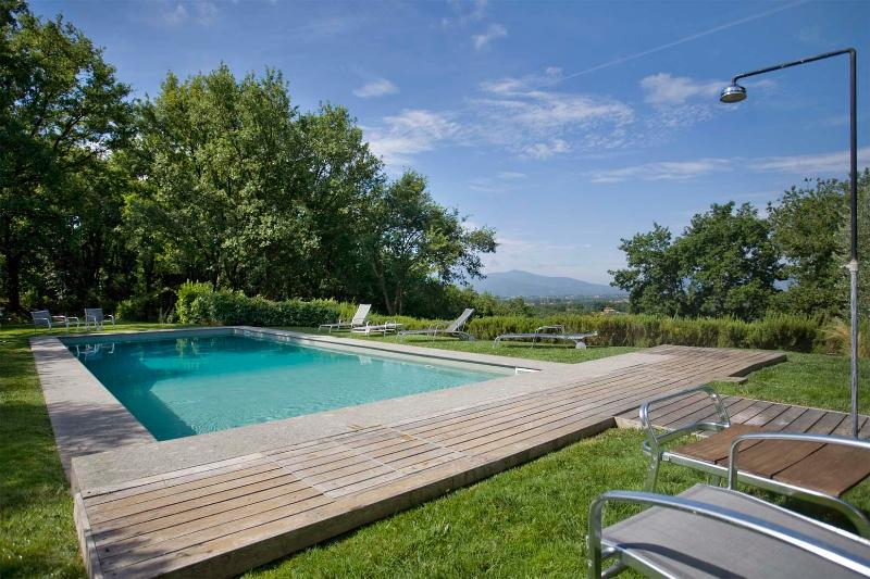 Incredible 5 Bedroom Hillside Villa in Tuscany - Image 1 - Gragnano - rentals