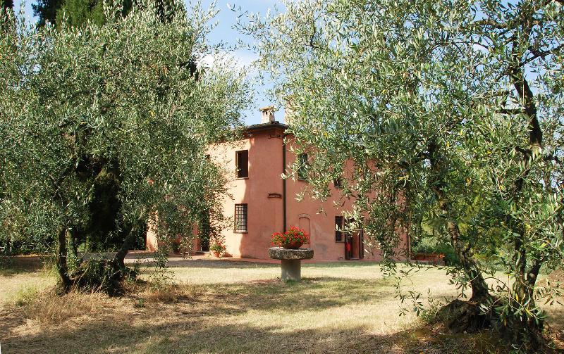 LA CAPANNA - Image 1 - Montelopio - rentals