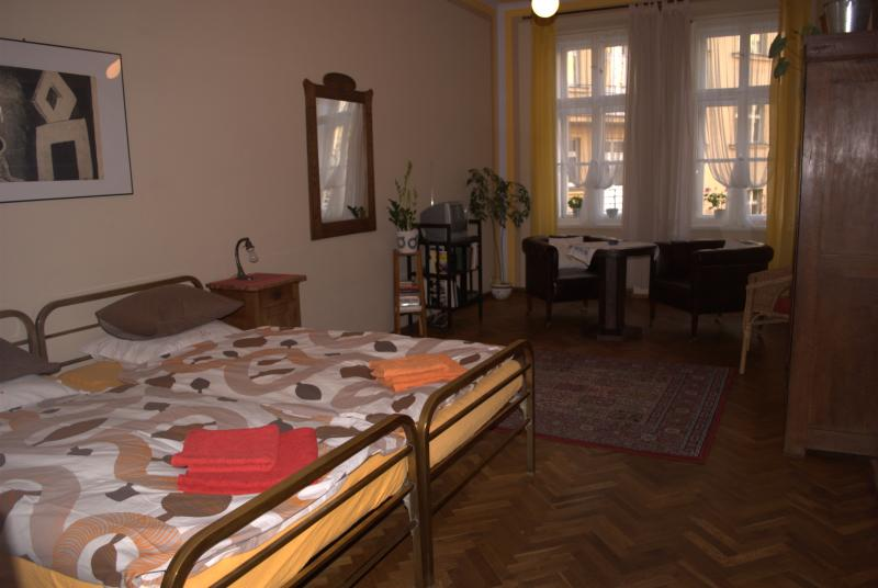 a bedroom - Safe and Quiet Apartment in the Heart of Prague - Prague - rentals