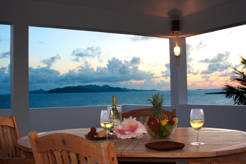 Enjoy spectacular panoramic sunsets from the Almond Tree villa Crow's Nest every night. - COUPLES ONLY RETREAT - Stunning Panoramic Ocean Views - Private Pool - Island Harbour - rentals