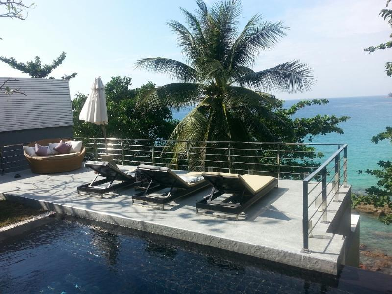 View from Pool Area - Surin Beach, Cliff Face, Magnificent Views - Phuket - rentals