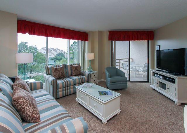 Living Area - 3429 Villamare - Hilton Head - rentals