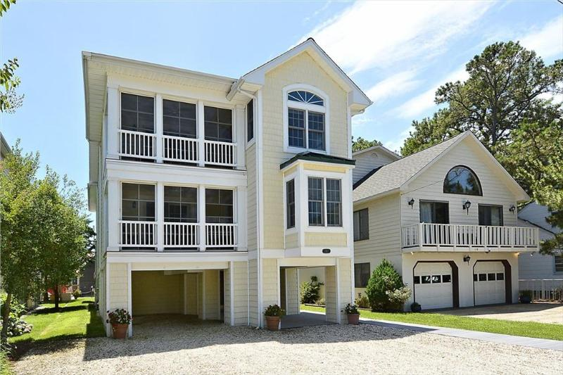 Modern, 8 bedroom large home with ocean views. Only 1/2 block to the beach! - Image 1 - Bethany Beach - rentals