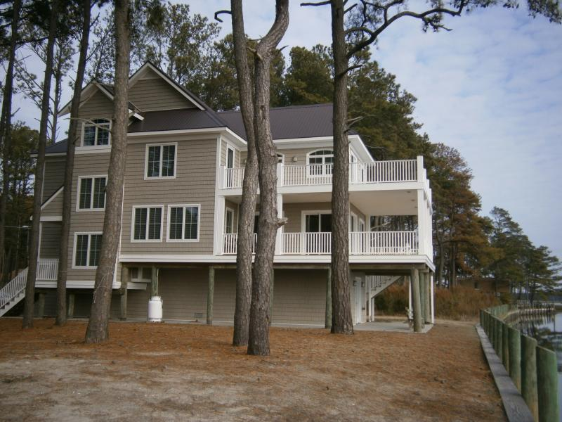 All Decked Out - Image 1 - Chincoteague Island - rentals