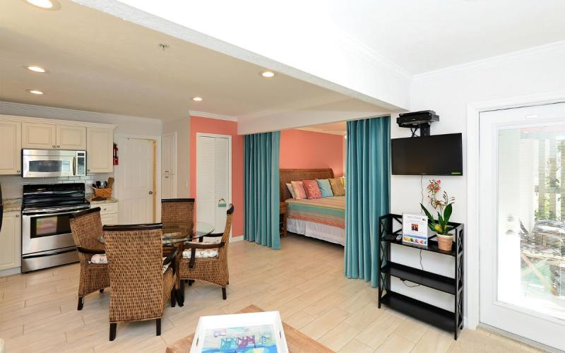 Hibiscus Suite - Hide-A-Way & Hibiscus Suite - Siesta Key - rentals