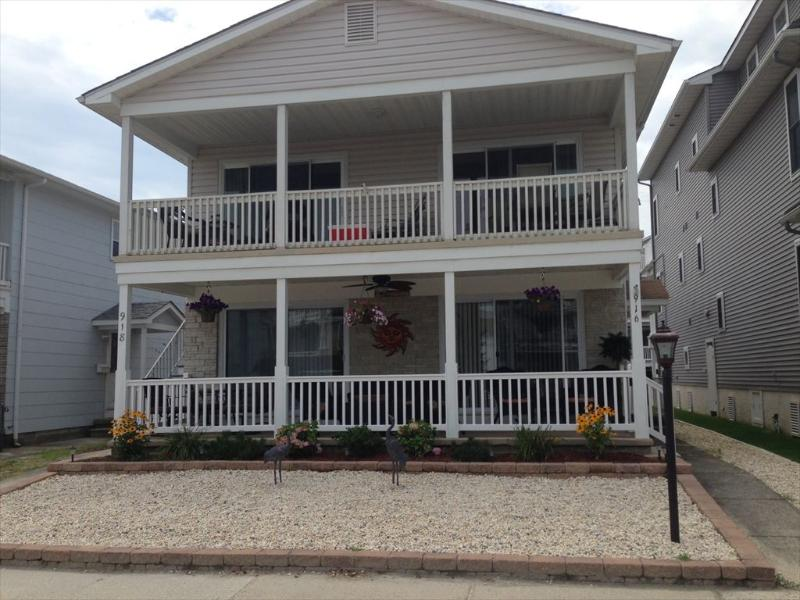 916 St Charles Place 1st Floor 113296 - Image 1 - Ocean City - rentals