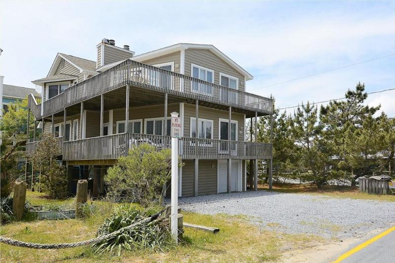Roomy 7-bedroom, 4.5 bath home, close to ocean - Image 1 - Bethany Beach - rentals