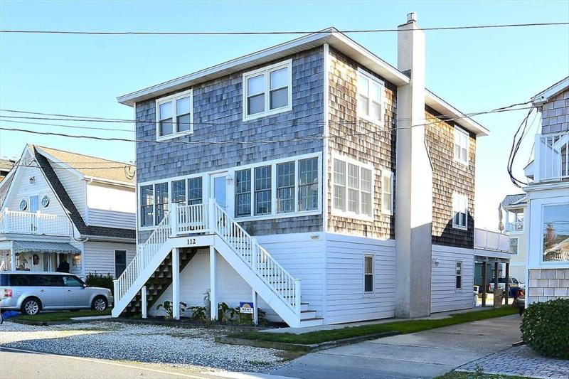 5 bedroom beach home with enclosed screen porch - 1/2 block to the beach - Image 1 - Bethany Beach - rentals