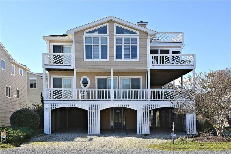 Large 6 bedroom home with great views - 1/8 block to the ocean! - Image 1 - Bethany Beach - rentals