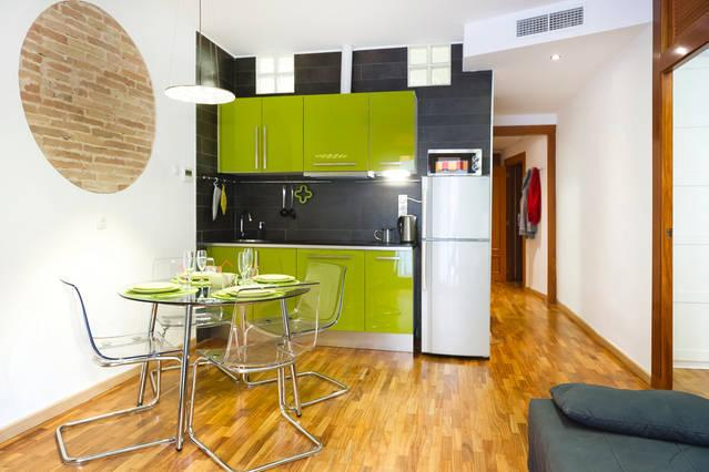 Plaza Catalunya: Design APARTMENT for 4-6 people - Image 1 - Barcelona - rentals