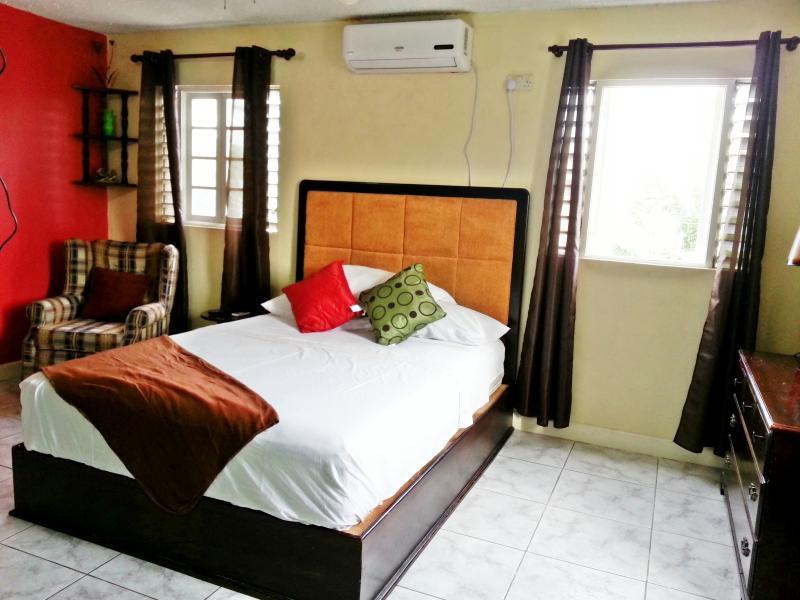 Cozy Retreat - Image 1 - Kingston - rentals