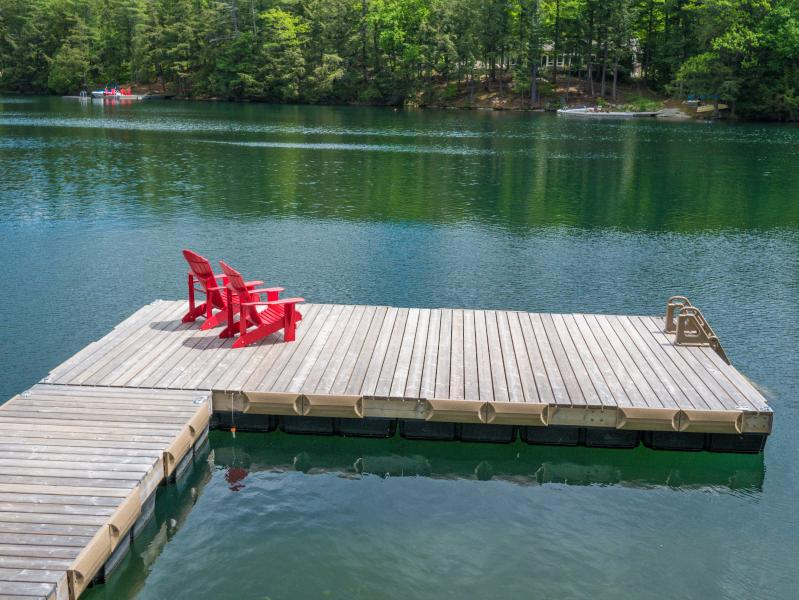 Great waterfront! - Family Getaway on Pristine Clear Lake Chain - Parry Sound - rentals