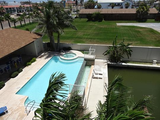 Las Marinas 304  Marina and private boat slip - Image 1 - South Padre Island - rentals