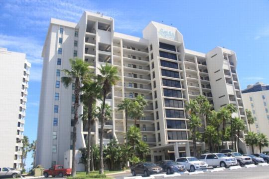 Saida 3404  Beachfront resort, all the amenities - Image 1 - South Padre Island - rentals
