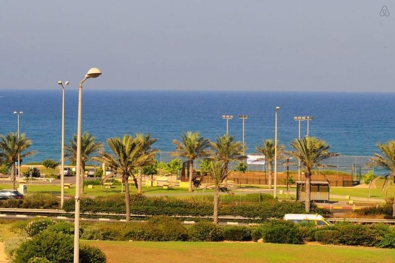 Haifa Beach Amazing Apartment - Image 1 - Haifa - rentals