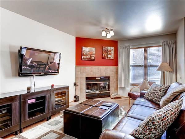 Charming Breckenridge 1 Bedroom Ski-in - RW303 - Image 1 - Breckenridge - rentals