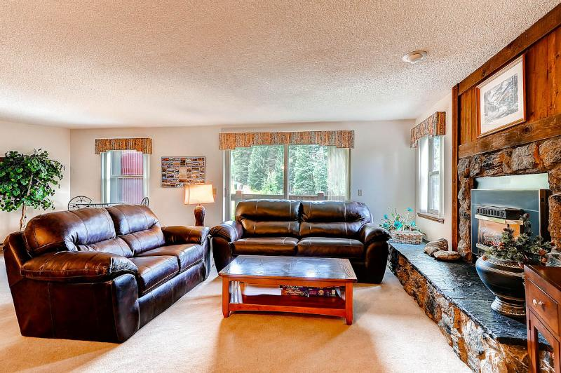 Beautifully Appointed  2 Bedroom  - ********** - Image 1 - Breckenridge - rentals