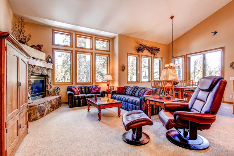 Perfectly Located  3 Bedroom  - 1243-57189 - Image 1 - Breckenridge - rentals