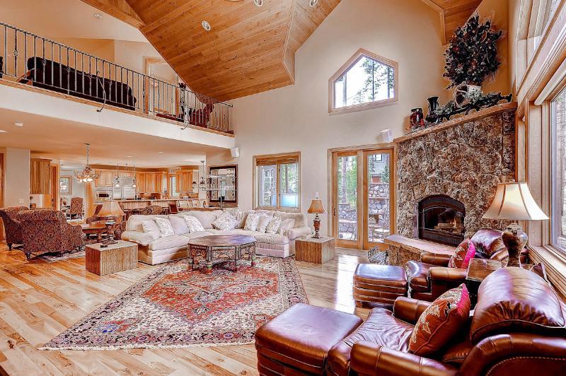 Appealing  4 Bedroom  - 1243-74598 - Image 1 - Breckenridge - rentals