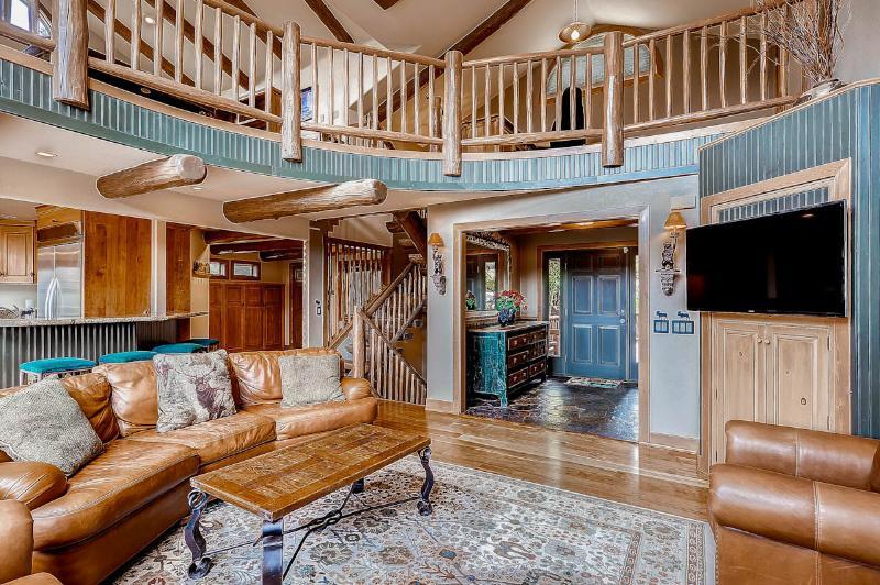 Perfectly Priced  4 Bedroom  - 1243-76578 - Image 1 - Breckenridge - rentals