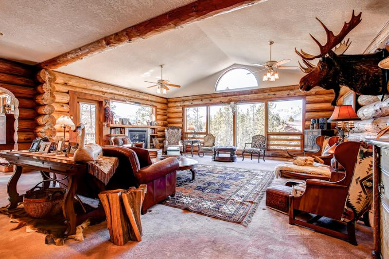 Perfectly Priced  5 Bedroom  - 1243-26269 - Image 1 - Breckenridge - rentals