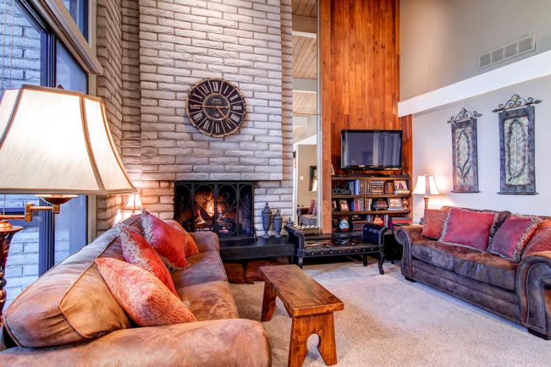 Reasonably Priced  2 Bedroom  - 1243-42823 - Image 1 - Breckenridge - rentals