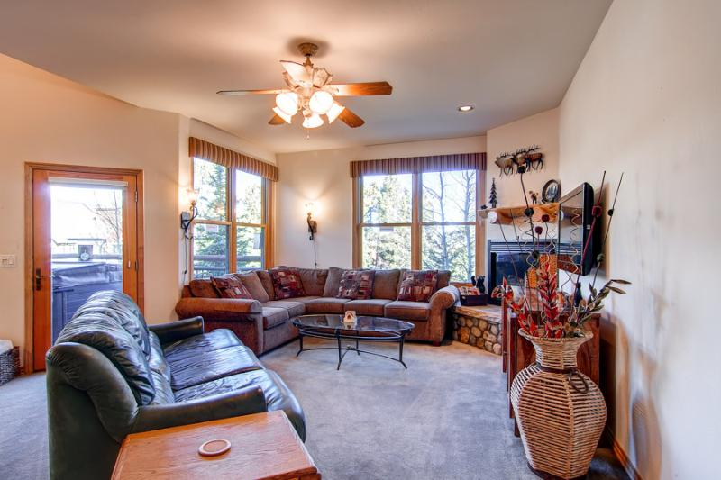 Economically Priced  3 Bedroom  - 1243-41376 - Image 1 - Breckenridge - rentals
