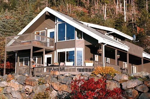 Front of lodge from road - Winter Only: Sitka Pt Lodge - Sitka - rentals